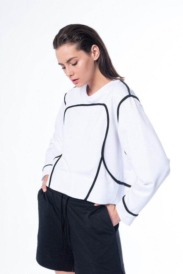 light sweatshirt_SS21 the_line_project
