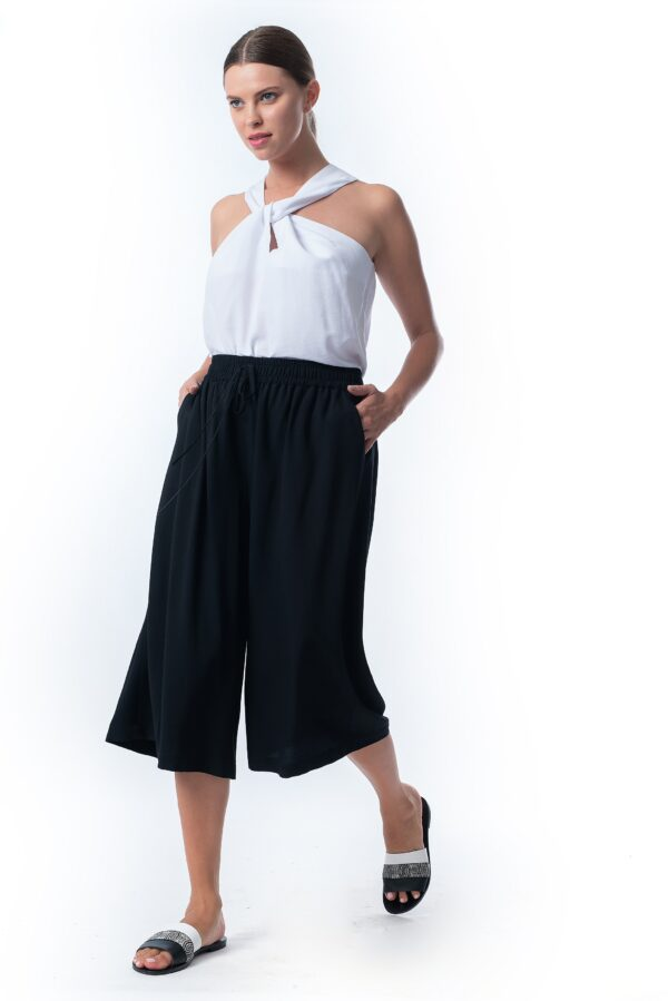 short pants_SS21 the_line_project